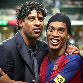 Frank và Ronaldinho - Hlv Barc