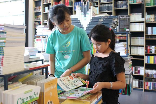 Bước đầu thực hiện đổi mới chương trình Sách Giáo Khoa phổ thông của Bộ giáo dục