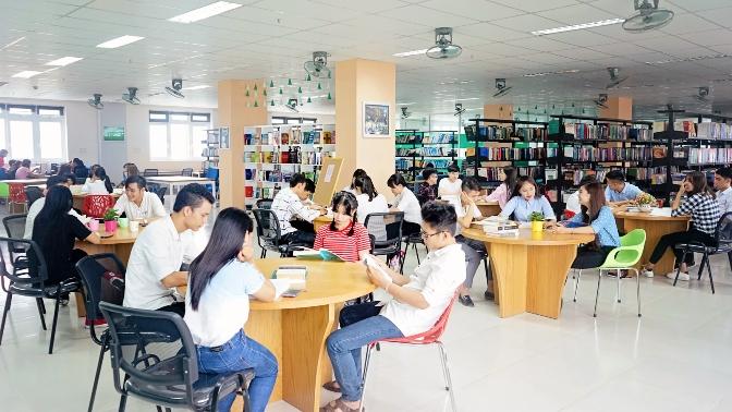 thực trạng về sinh viên đọc sách