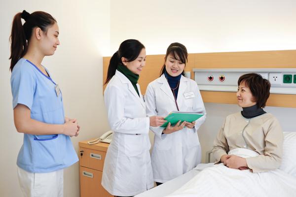 học điều dưỡng ra làm gì